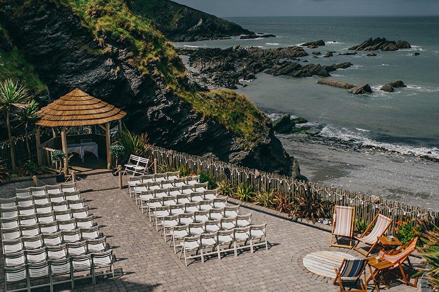 tunnells beach ilfracombe, tunnels beach weddings, weddings at tunnells beach, destiantion wedding photography, stunning beach weddings, beach wedding photography