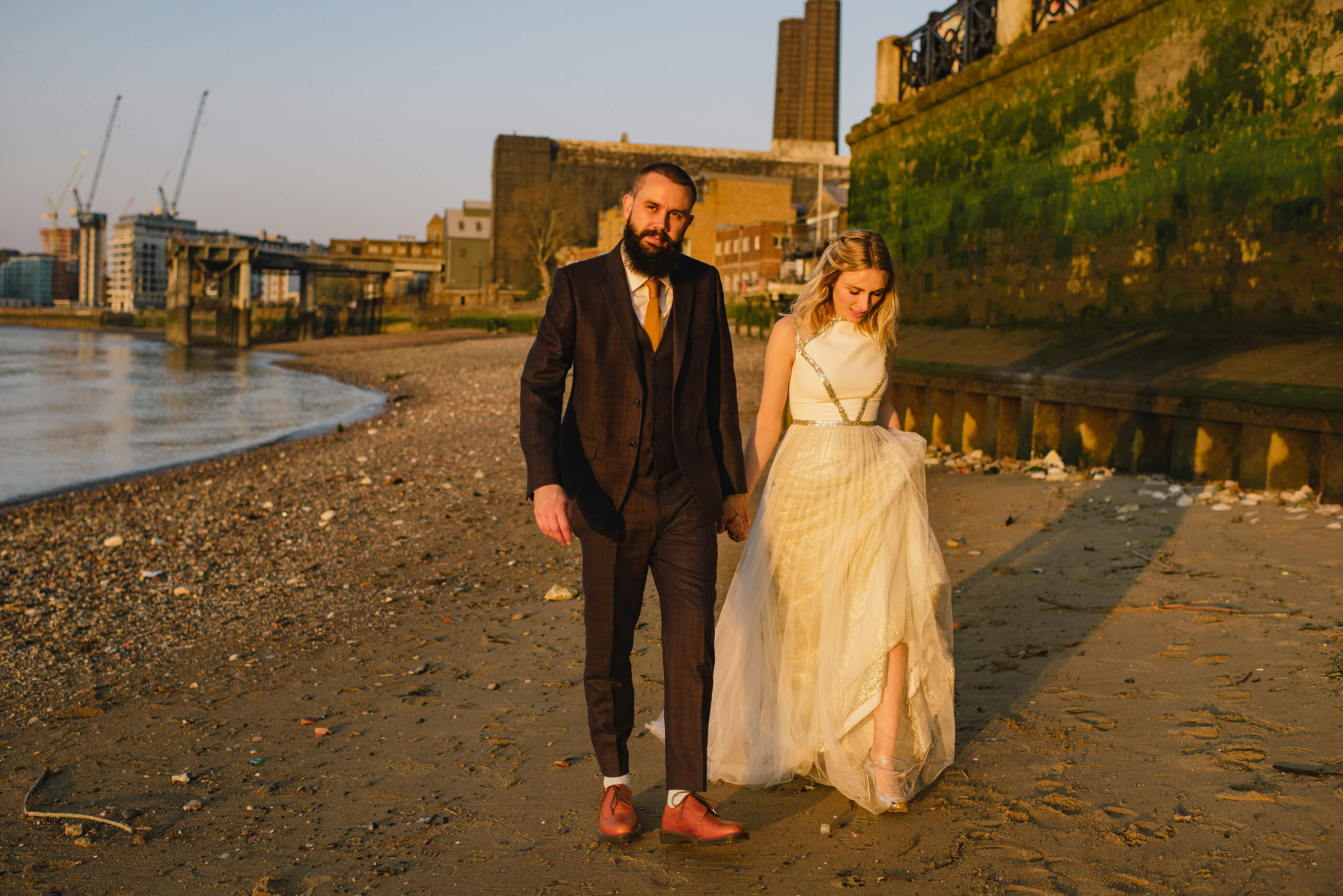 golden hour wedding photography, london weddings